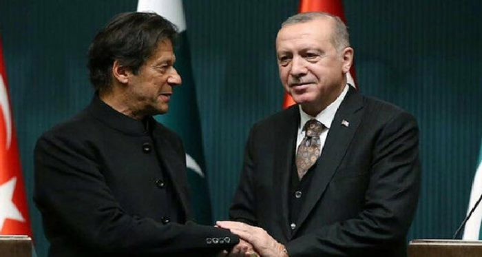 Turkish President calls his Pakistani counterpart and Prime Minister Imran Khan